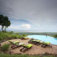lake manyara and serengeti safari>4days itt