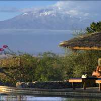 Kilimanjaro trek tour>7days>Marangu route Kilimanjaro climb vacation